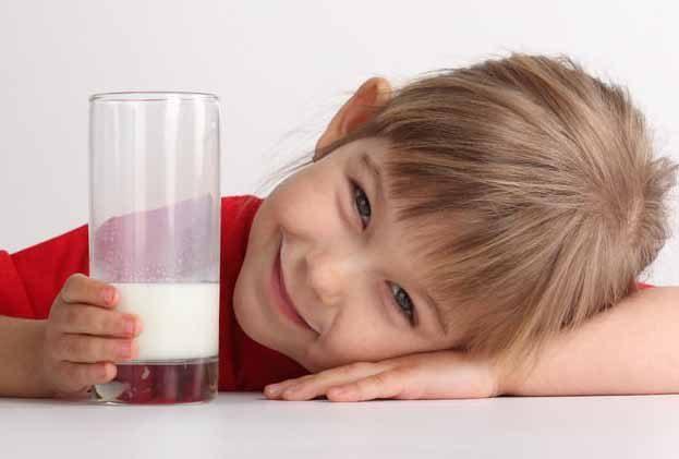 كوب الحليب وخطر المرض