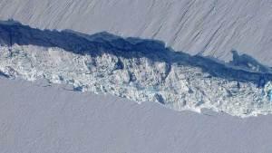 الجرف الجليدي نانسن سينفصل عن الأنتاركتيكا قريبا