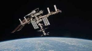 المحطة الدولية تدور 100 ألف مرة حول الأرض