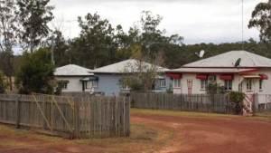 بلدة أسترالية تباع بنصف سعر شقة