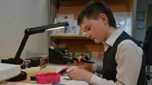 تلاميذ روس يبدأون في إنشاء روبوتات بالطباعة 3D