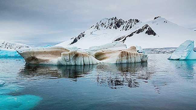 علماء: القطب الشمالي سيفقد غطاءه الجليدي