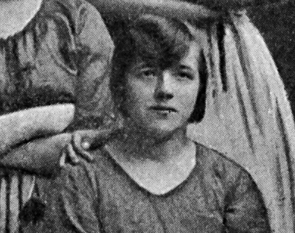 ظهور شبح في صورة منذ عام 1900