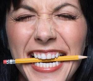 لتبقى اسنانك قوية ننصحك بتناول الأطعمة الصحية