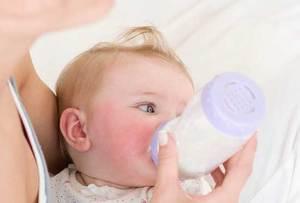 ما تأثير زجاجة الرضاعة على أسنان الأطفال؟