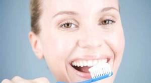 كيف نحصل على أسنان سليمة و ابتسامة جميلة ؟