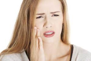 صرير الأسنان عادة يمكن التوقف عنها