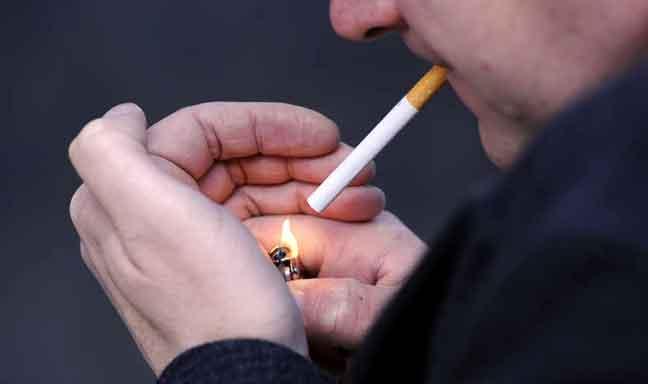 قلة الأصدقاء قد تكون قاتلة كالتدخين