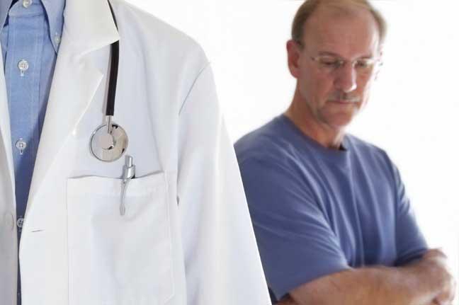 الرجال أكثر عرضة للإصابة بالسرطان لهذه الأسباب