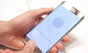 علماء يفتحون هاتفا بصورة فتوغرافية من بصمة إصبع صاحبه