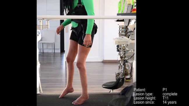 """برنامج لتعليم المشي """"يعيد قدرات حسية وحركية"""" لمصابين بالشلل"""
