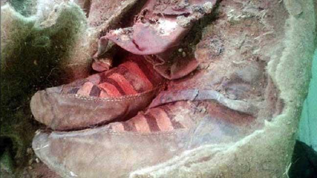 مومياء عمرها 1500 عام ترتدي حذاء رياضيا في جبال ألتاي