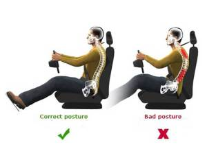 كيف تجلس بطريقة صحيحة خلال قيادة السيارة؟