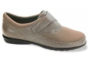 دراسة تقلل من دور الأحذية الطبية في التخفيف من آلام الركبة