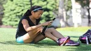 مصرة على الجري رغم إصابتها بالتصلب المتعدد