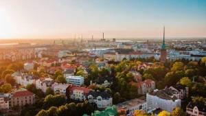هلسنكي عاصمة فنلندا وأكبر مدنها