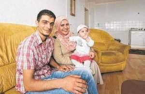 """""""أنغيلا ميركل"""" السورية مهددة بالترحيل من ألمانيا"""
