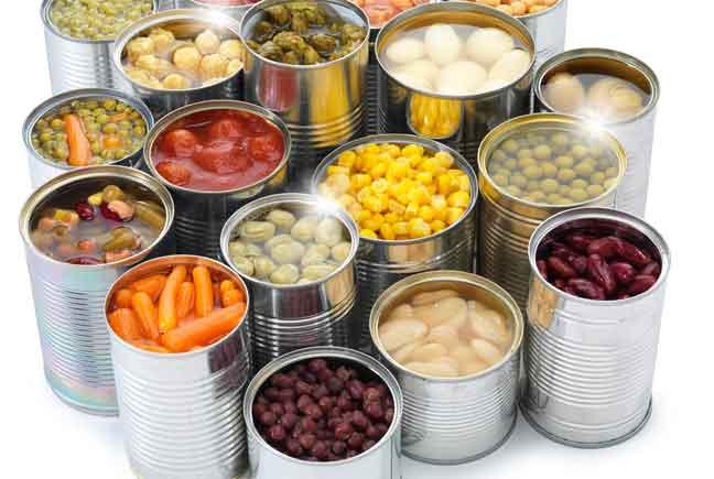 التحذير من خطر الأطعمة المعلبة على الصحة