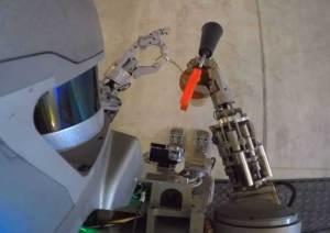 روبوت روسي ذو مهارات عالية تؤهله للبعثات الفضائية