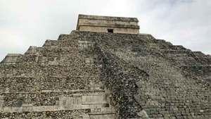 اكتشاف هرم بداخل هرم في المكسيك