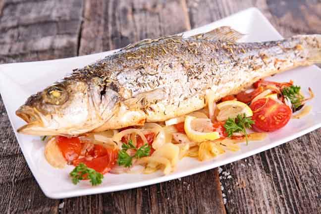تناول السمك يحافظ على مظهرك الشبابي