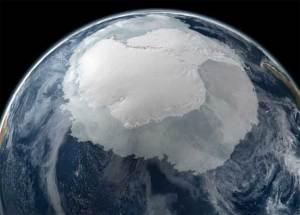 صدع بطول 100 كيلومتر في القطب الجنوبي