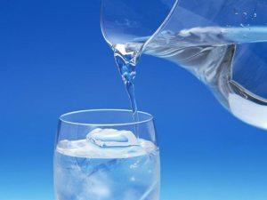 تناول الماء بكثرة قد يقتلك