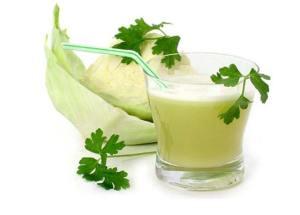 عصير الملفوف الأخضر