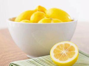 عصير الليمون يخلصك من السموم