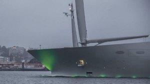 ملياردير روسي يتسلم أحد أضخم اليخوت في العالم