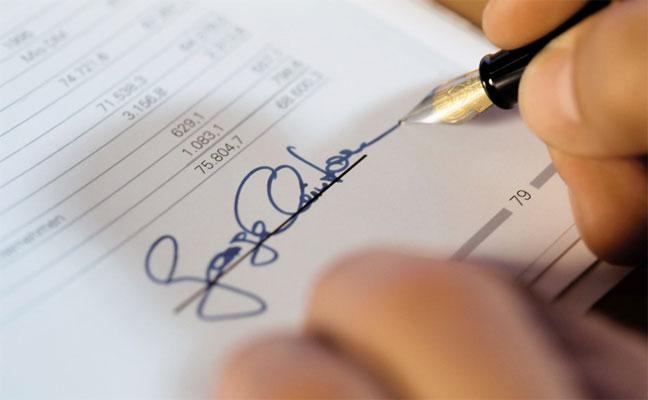 حجم التوقيع يكشف عن نرجسية الشخص