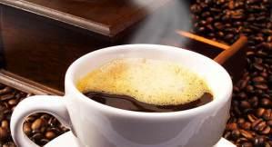 هذا ما يصنعه كوب قهوة واحد بدماغك