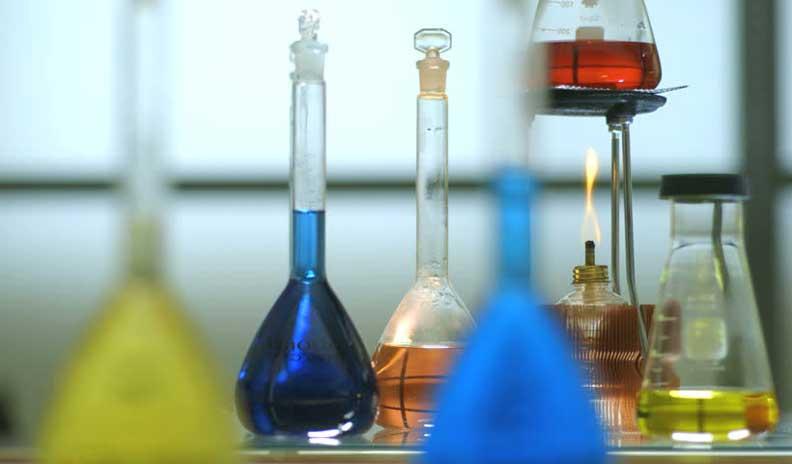 """العلماء يستخرجون الكحول من """"CO2"""""""