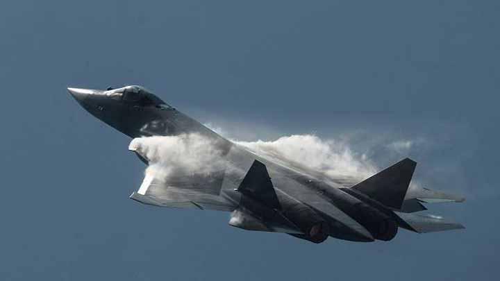 """عقيد روسي يكشف لـ""""RT"""" ما سيحدث لإسرائيل إذا امتلكت مصر مقاتلات """"سو-57"""" المدمرة"""