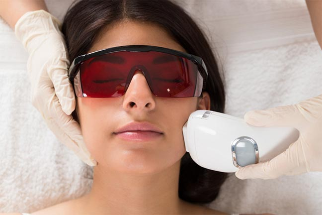 تصبغات البشرة بعد الليزر قابلة للشفاء وممكن تجنبها