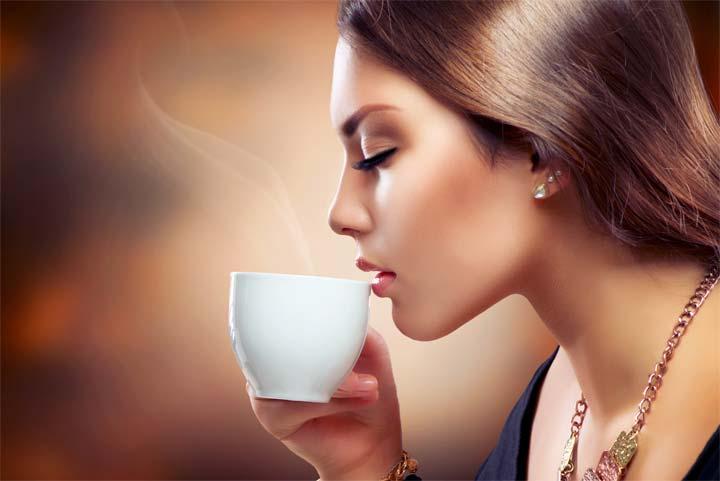 إلى عشاق القهوة , ثلاث فناجين يومياً تجنبكم هذه الأمراض