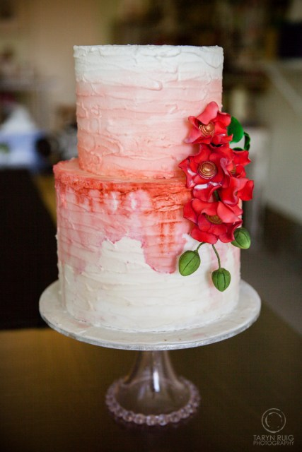 red-handpainted-wedding-cake
