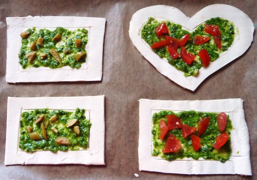 Puff Pesto Pizzas (5/6)