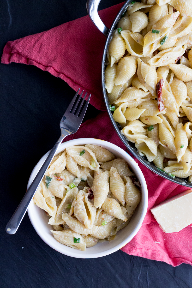 Pasta Alfredo with Sun-dried Tomatoes and Green Onions | Taste and Tipple