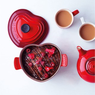 Le Creuset Heart Cocotte | Taste and Tipple