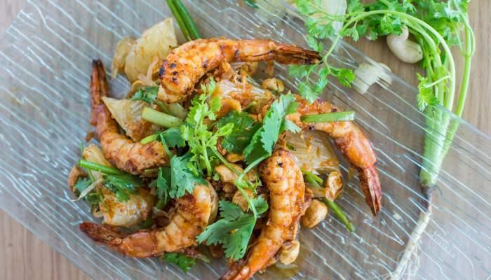 Pomelo Salad with Grilled Shrimp