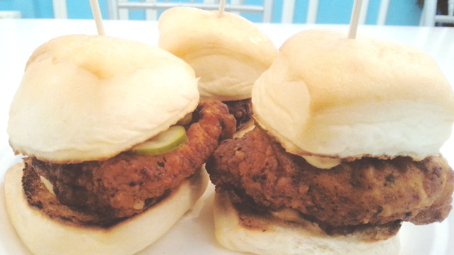 Chicken Sliders at Cali Kitchen