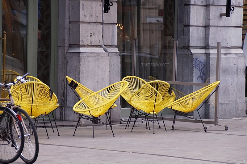 Gelbe Acapulco Chairs Outdoor Sessel in Brüssel