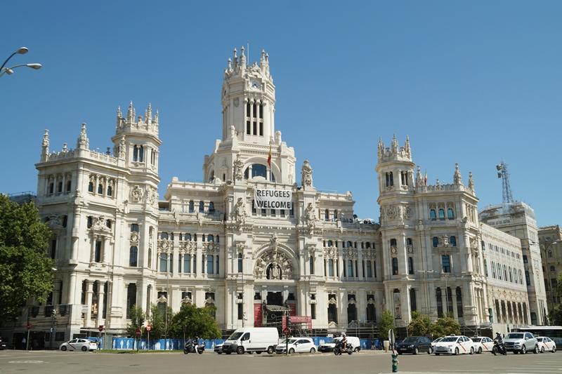 Unterwegs in Madrid: Rathaus. Tasteboykott.