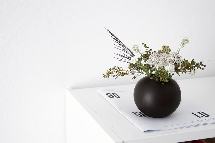 Wiesenblumen als minimalistische Sommerdeko - Tasteboykott