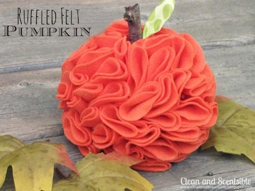 Resized-Felt-Pumpkins