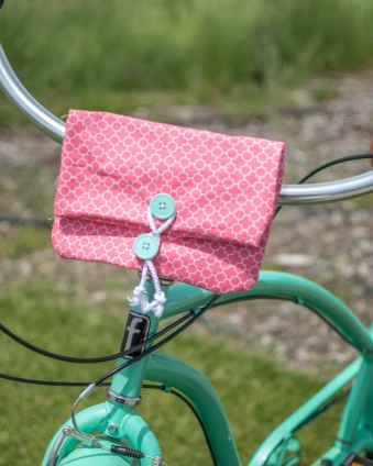 Cricut and Simplicty Makes sewing easy. Check out these two projects you can make in less than an hour. #ad #CricutMade #Cricut #Simplicity
