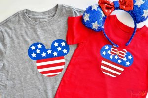 If you're planning a Disneyland trip for the 4th of July, make these Mickey and Minnie Shirts for the whole family!