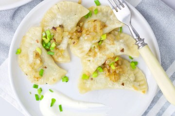 How to make a classic dough for Polish dumplings? (pierogi)