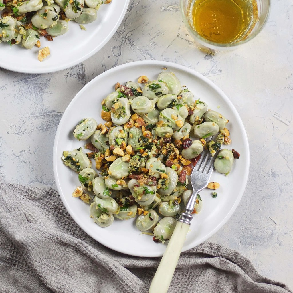 Broad beans with spring onion pesto for quick lunch which you can make in no time